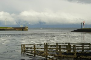 Haven_Lauwersoog_zicht_naar_zee
