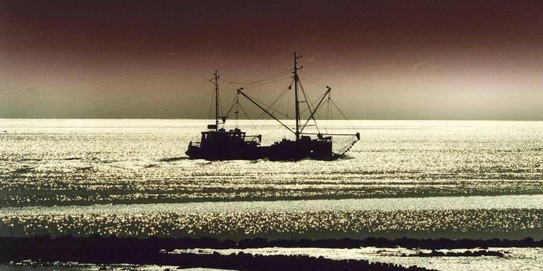 Haven Lauwersoog onbereikbaar is voor een groot deel van de vissersvloot.